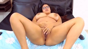 BBW Wants To Be Licked Out